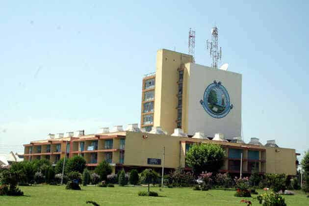 Faculty Recruitment 2019 in University of Kashmir, India